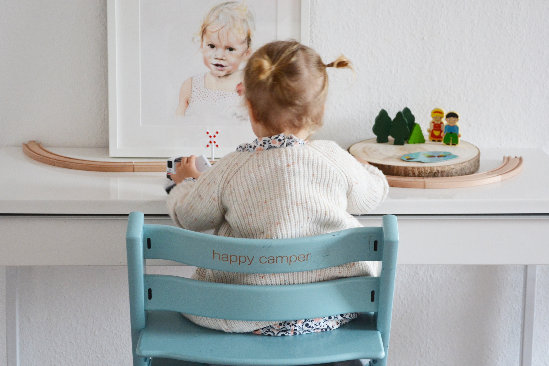 der klassiker von stokke tripp trapp nun mit gravur personalisieren oh wunderbar blog. Black Bedroom Furniture Sets. Home Design Ideas