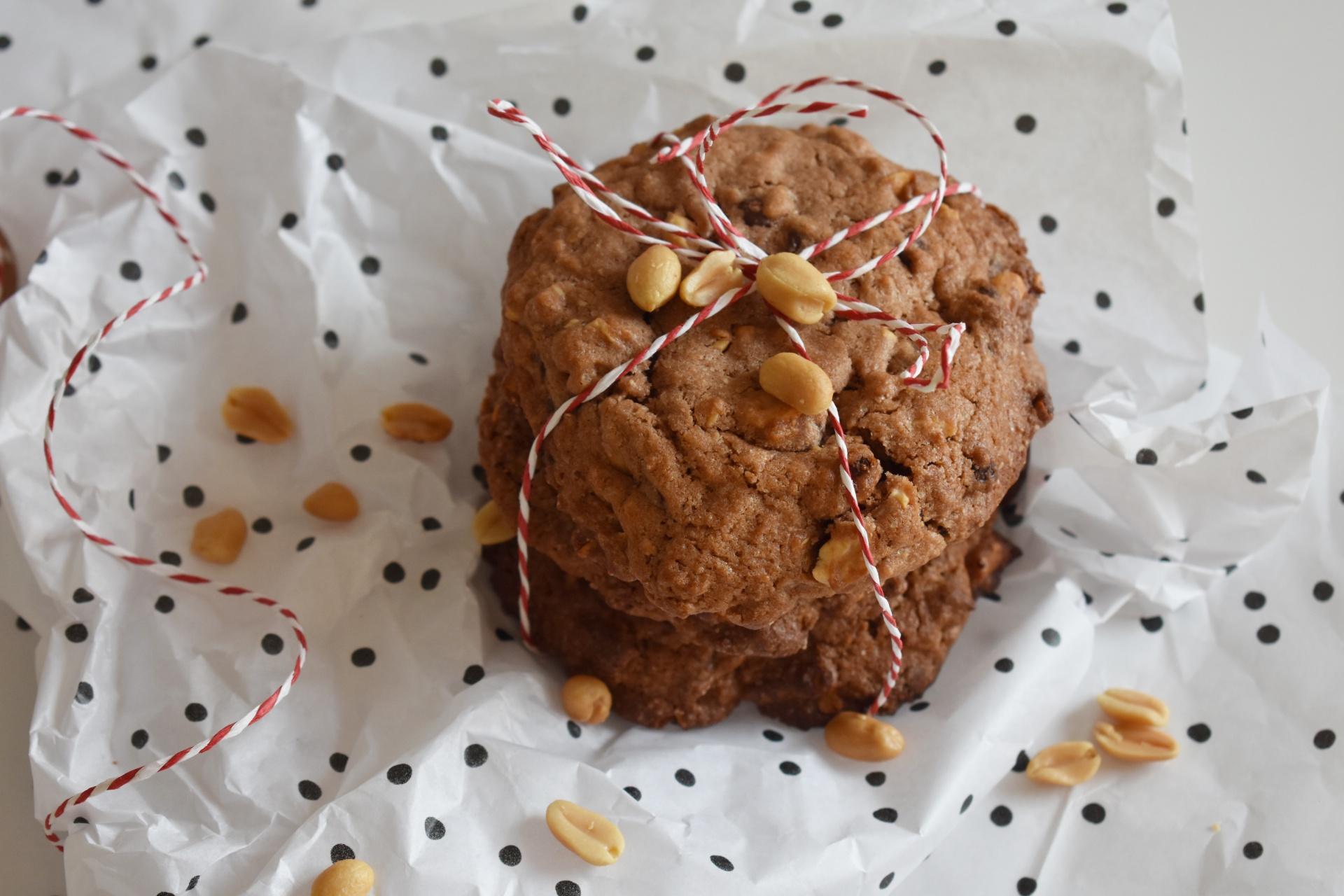 Peanut Chocolate Cookie