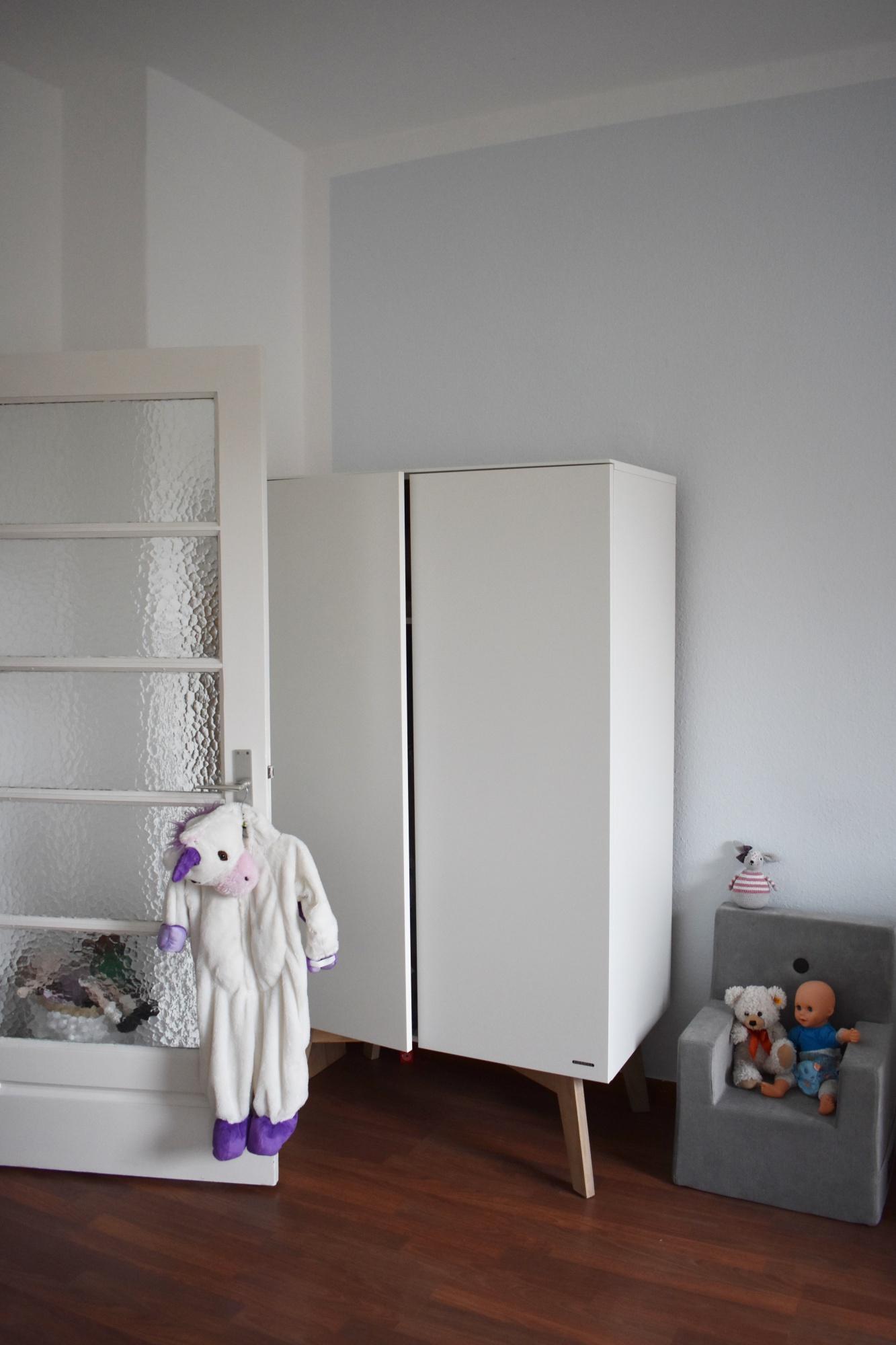 Kinderzimmer kleinkind mädchen  DAS KINDERZIMMER // EIN ZIMMER FÜR EIN GAR NICHT MEHR SO KLEINES ...