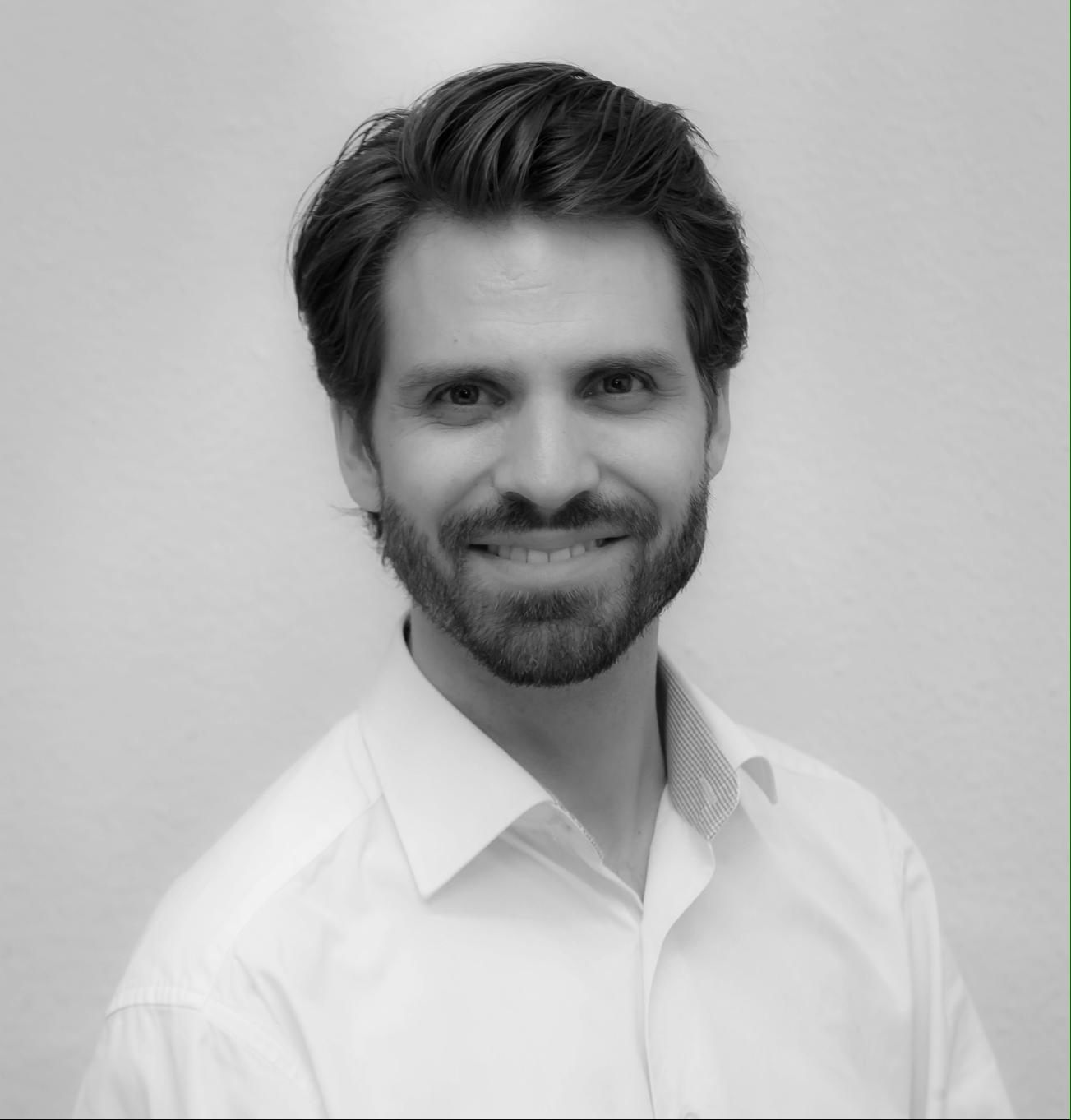 Dr. Richard Travnik